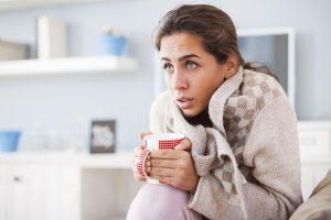 Hustensaft selber machen ist einfach und die Hausmittel gegen lästigen Husten wirken.