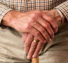 Nit nur Titanimplantate für Hüfte, Knie und Zähne bergen Risiken und Nebenwirkungen